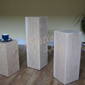 PD3-oak-beam-pedestals-x-3