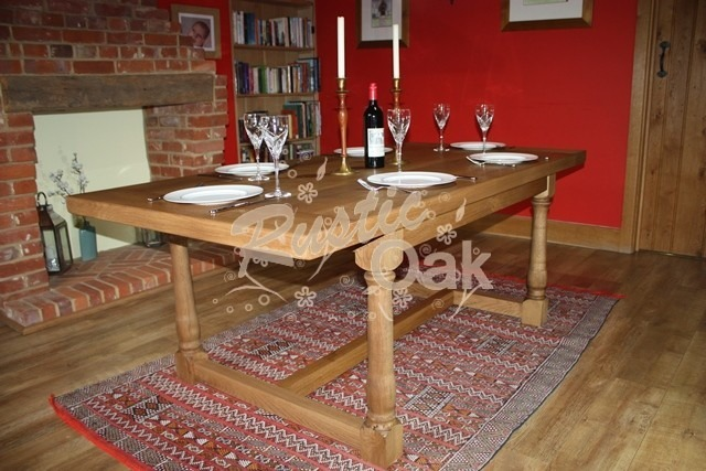 DT27 – The Chantry Dining Table – main