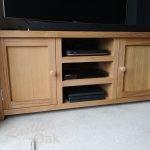 TS9 – 2 Door Television Unit (2)